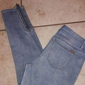 Womens sz 4P White house Black market jeans